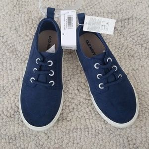 9 Boy's sneakers Toddler NWT